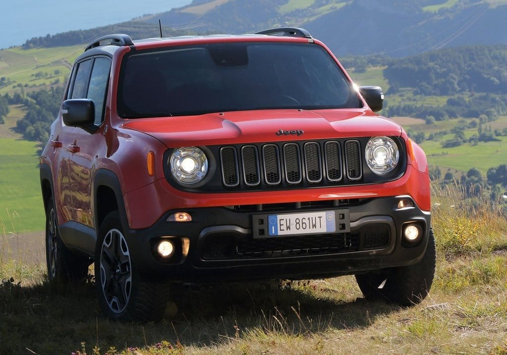 jeep renegade likely to get 1 6l diesel engine to be showcased at rh india com