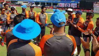 INDvsHK: टीम इंडिया के लिए पहला मैच खेल रहे हैं खलील अहमद, खतरनाक गेंदबाजी के लिए हैं पॉपुलर