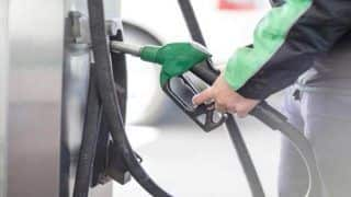 Fuel Price Hike Continues; Petrol at Rs 82.32 Per Litre in Delhi, Reaches Rs 89.69 in Mumbai, Diesel Remains Unchanged
