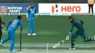 Asia Cup 2018, India vs Pakistan: Shoaib Malik Run-Out off Brilliant Ambati Rayudu Throw, Pakistan Lose Middle Order Cheaply | WATCH