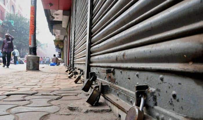 Confederation of All India Traders Calls 'Bharat Bandh' Today to Protest Against FDI in Retail, Acquisition of Flipkart by Walmart | India.com