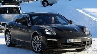 Porsche Panamera facelift spied without camouflage