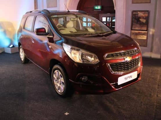 Chevrolet Spin Mpv Unveiled Get Expected Price Specifications And
