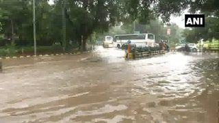 दिल्ली-एनसीआर में संडे को भी हुई भारी बारिश, मौसम हुआ सुहाना कई जगह लगा जाम