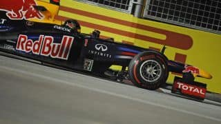 2012 Formula 1: Sebastian Vettel wins Singapore GP as Lewis Hamilton's tussle with luck continues
