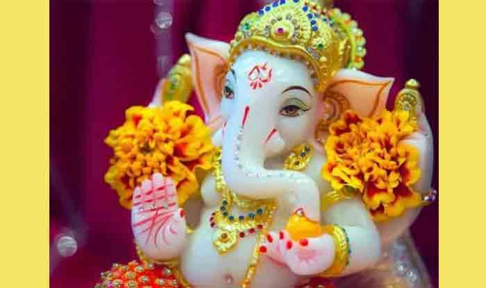 Vinayak Chaturthi Jan 2019: 10 जनवरी को इस समय करें गणेश पूजन, मिलेगा सौभाग्य, जानें व्रत कथा...