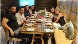 विराट-अनुष्का ने दिल्ली के रेस्टोरेंट में किया फैमिली संग लंच, देखा भारत-पाक मुकाबला