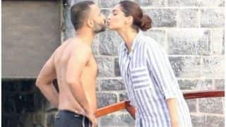 Sonam Kapoor Gives Husband Anand Ahuja a Kiss Before he Goes For a Dip in The Pool; See Pic