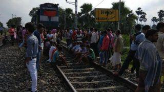 आदिवासियों का 'रेल रोको' प्रदर्शन खत्म, खड़गपुर रेल खंड पर ट्रेनों की आवाजाही शुरू