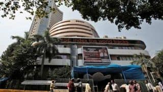 Sensex Tumbles 468 Points as Rupee Hits Lifetime Low of 72.67