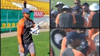 India vs West Indies 1st Test Day 1: Prithvi Shaw Becomes 293rd Cricketer to Represent India, Receives Test Debut Cap From India Captain Virat Kohli -- WATCH