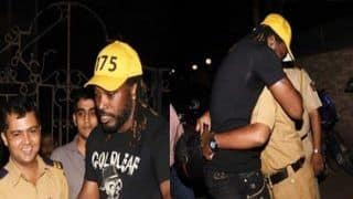 Chris Gayle SPOTTED Giving 'Jadu ki Jhappi' to Mumbai Police Officials -- PICS