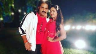Bhojpuri Sizzling Jodi Amrapali Dubey And Pawan Singh Look Hot as They Pose For Camera on The Sets of Sher Singh - See Picture