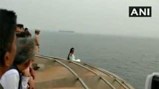Maharashtra CM's Wife Amruta Fadnavis Crosses Safety Barricade to Take Selfie on India's First Cruise Liner 'Angriya', Watch Video