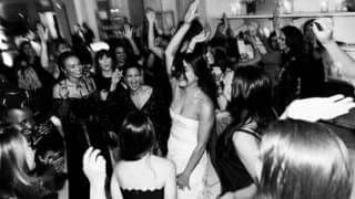 Priyanka Chopra Dances Her Heart Out With Mommy Madhu Chopra And Nick Jonas' Mother During Her Bridal Shower in This Viral Video - Watch