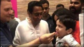 Madhya Pradesh Assembly Elections 2018: Rahul Gandhi Takes Break From Poll Campaign, Offers Ice Cream to Child - Watch