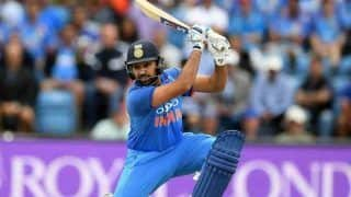 Highlights Australia vs India 1st ODI SCG: Rohit Sharma's Ton Goes in Vain, Australia Beat India by 34 Runs to Take 1-0 Lead
