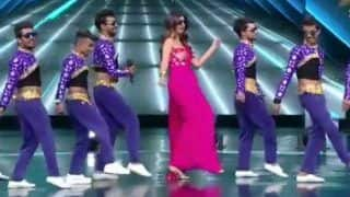 Shilpa Shetty Once Again Flaunts Her Sexy Thumkas on Main Aai Hoon UP Bihar Lootne on The Stage of Dance Plus 4 - Watch Video