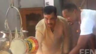 Will Smith Performs Gangi Aarti With a Pandit in Haridwar; Video Goes Viral - Watch