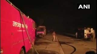 UP: Gas Tanker Catches Fire on Yamuna Expressway, Three People Injured; Situation Under Control