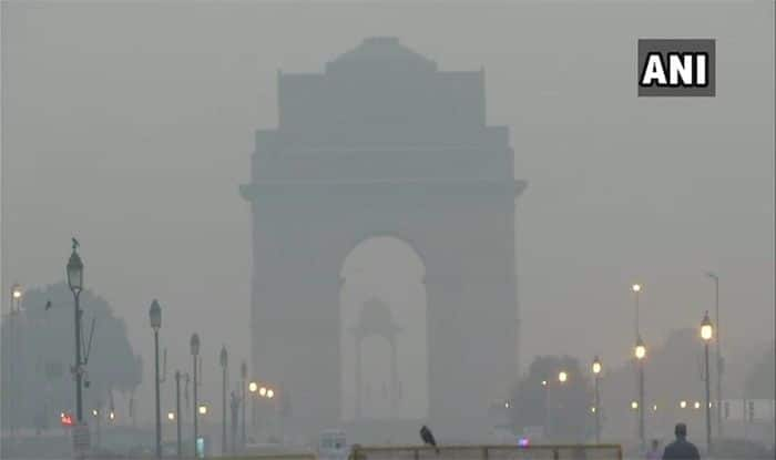 दिल्ली की हवा एक बार फिर बहुत खराब, आज बारिश की संभावना