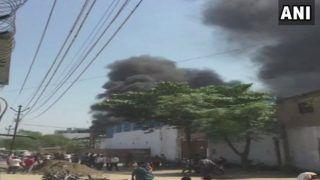 कानपुर में केमिकल फैक्ट्री में आग, लाखों के नुकसान की आशंका