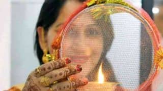 Karva Chauth Moon Rise Timing 2018: What Time Will Moon be Seen in Delhi, Mumbai, Jaipur And Other Cities in India