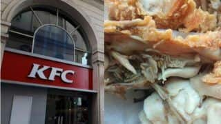 KFC Mumbai Gives Chicken Full of Live Maggots to a Customer, Watch Disgusting Pictures Here