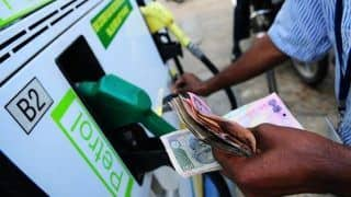 Fuel Prices Hike Yet Again; Petrol at Rs 69.26 Per Litre in Delhi, Rs 74.91 in Mumbai