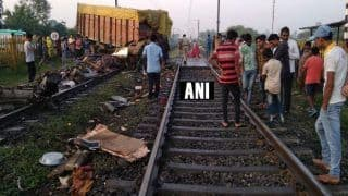 Madhya Pradesh: Two Coaches of Rajdhani Express Derail as Truck Rams Into it Near Ratlam; All Passengers Safe
