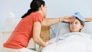 तेज बुखार और खांसी को नजरअंदाज करना पड़ सकता है भारी, हो सकती है ये बीमारी
