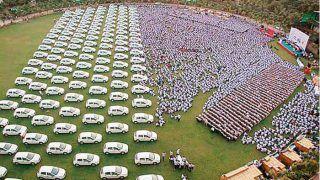 हीरा कारोबारी 600 कर्मचारियों को दिवाली गिफ्ट में देंगे कार, दो लोगों को चाबी सौंपेंगे PM मोदी