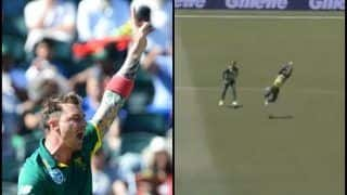 Australia vs South Africa 1st ODI at Perth: Faf de Plessis Takes a Brilliant Catch as Dale Steyn Sends D' Arcy Short Packing-- WATCH