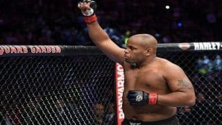 Ultimate Fighting Championship: Daniel Cormier Chokes Out Derrick Lewis; defends 2nd title at UFC 230 -- WATCH