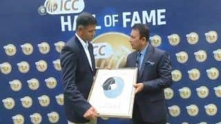 India vs West Indies 5th ODI at Trivandrum: Rahul Dravid Joins Anil Kumble to Become Fifth Indian to Join Hall of Fame, Receives Memento From Sunil Gavaskar -- WATCH