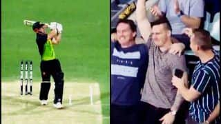 India vs Australia 1st T20I Brisbane: Chris Lynn Hits a Humoungous 108-Metre-Six of Khaleel Ahmed, Gets Caught in The Crowd | WATCH