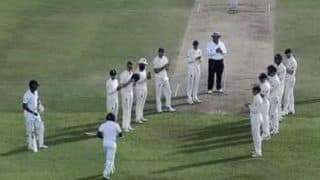 Sri Lanka vs England 1st Test Galle: Rangana Herath Gets 'Guard of Honour' From Touring Side in Farewell Test -- WATCH