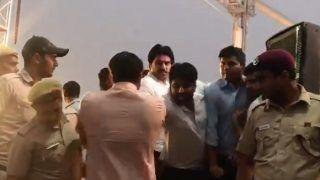 Amanatullah Khan Caught on Camera Pushing Delhi BJP Chief Manoj Tiwari During Signature Bridge Inauguration