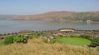 Murud-Janjira Fort Stands in The Arabian Ocean With Tales of Its Invincible History