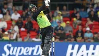 Glenn Maxwell Does a MS Dhoni During 1st T20I Against Sri Lanka, Pulls Off Helicopter Shot to Perfection   WATCH VIDEO