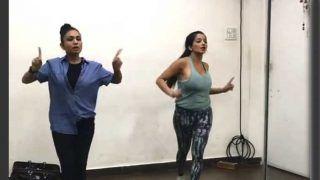 भोजपुरी स्टार मोनालिसा के डांस रिहर्सल ने इंटरनेट पर मचाया धमाल, देखें Video