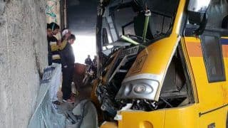 Noida: 12 Students Injured as Apeejay School Bus Rams Into Divider at Rajnigandha Chowk; Driver, Conductor Critical