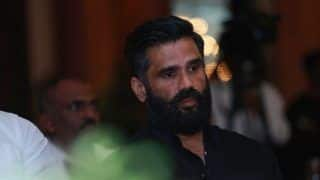 Suniel Shetty Supports Thugs of Hindostan Makers, Says Nowadays Everyone Consider Themselves Film Critics