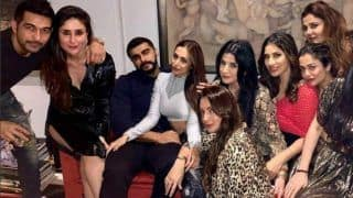 Arjun Kapoor And Malaika Arora Party With Kareena Kapoor, Maheep Kapoor; See Rumoured Couple's Cozy Pictures