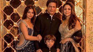 PICS: शाहरुख खान ने परिवार के साथ मनाई दिवाली, काली साड़ी में सुहाना का ब्लाउज़ डिजाइन देखने लायक था