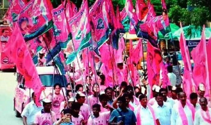 Telangana Polls: TRS Ahead in 7 Seats in Early Trends | India.com