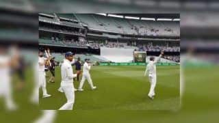 India vs Australia 3rd Test: Virat Kohli And Co Take a Victory Lap at Melbourne Cricket Ground, Celebrate Win With Selfies | WATCH