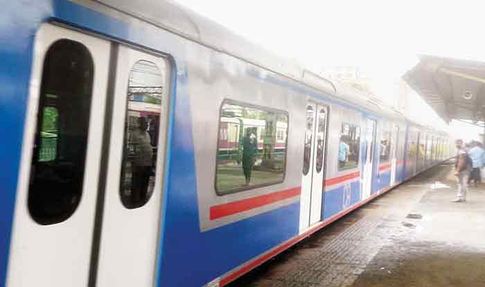 रेलवे चाहता है प्राइवेट कंपनियां चलाएं ट्रेन, किराया तय करने की इजाजत देने पर भी हो रहा है विचार