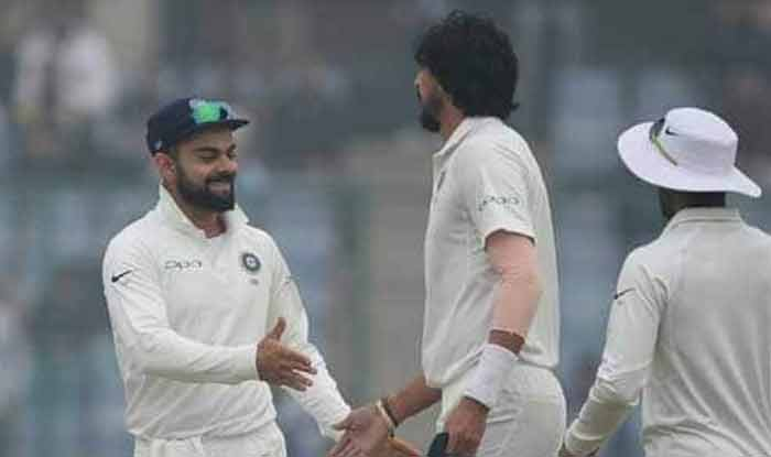 India vs Australia 1st Test: Virat Kohli Cracks Joke at Ishant Sharma During Photoshoot | WATCH