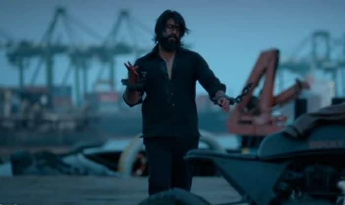 Kgf Chapter 1 Audience Review Kannada Actor Yashs Movie Gets